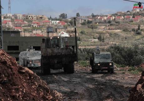 Bulldozer in Kafr Qaddoum