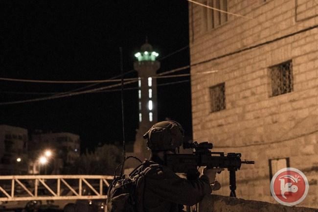 West Bank raids