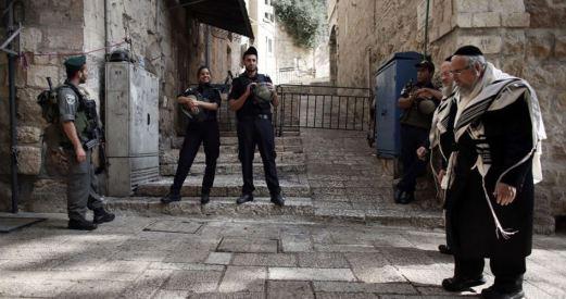 kolonisten-vallen-palestijnen-aan