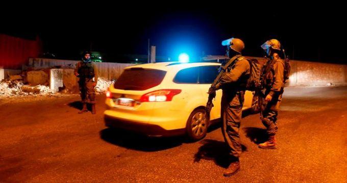 Qalqilua weer 2 Palestijnen opgepakt