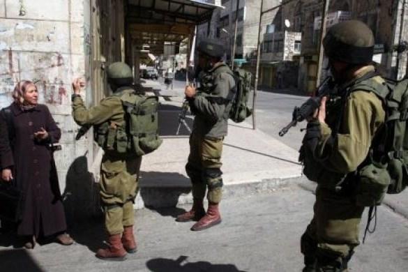 Hebron Palestinian lady stopped