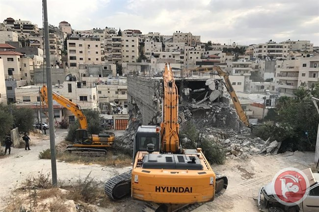 Minister calls for punitive demolition