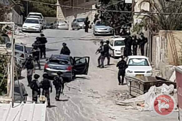 Opened fire at Pal near Shufat