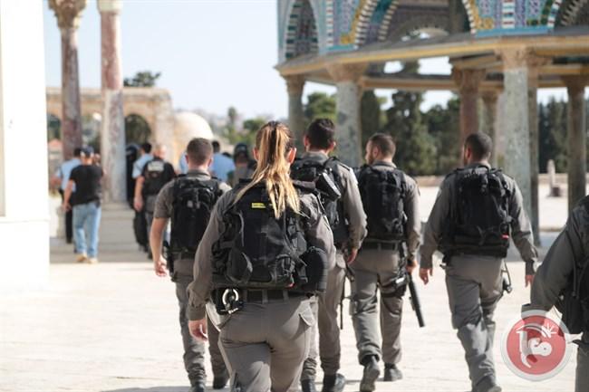 Police at Al Aqsa