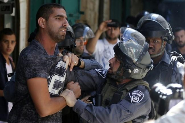 Assault detainee