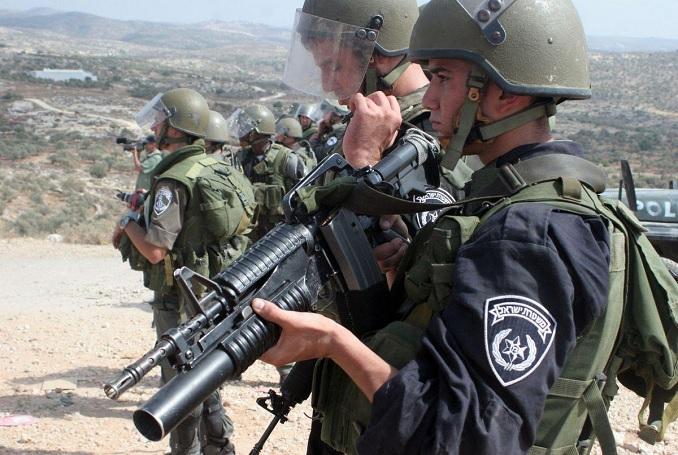 Soldiers - siege