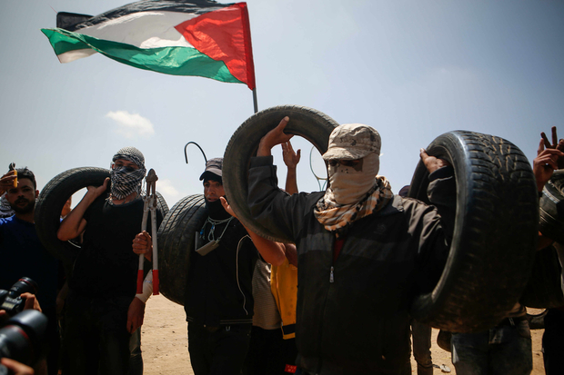 Gaza return tyres and pliers