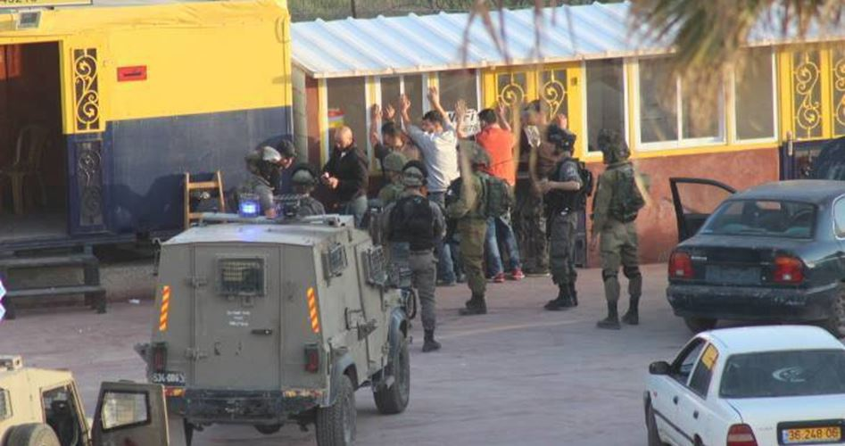 Youths arrested Al-Khalil
